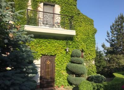 Дом 450 м² на участке 15 соток
