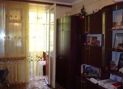 Продажа 2-комн. квартиры, 45 м², этаж 3 из 5