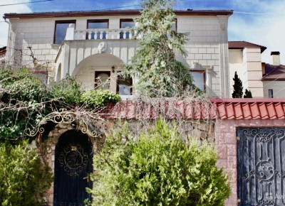 Продажа дома 445.4 м² на участке 645 соток
