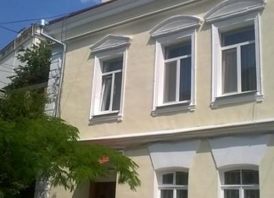 Продажа 3-комн. квартиры, 72 м², этаж 1 из 2