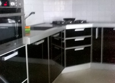 Продажа 2-комн. квартиры, 79 м², этаж 2 из 3