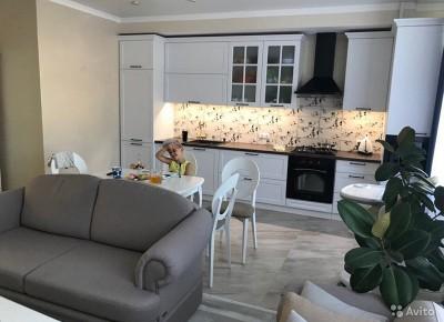 Продажа 3-комн. квартиры, 100 м², этаж 2 из 10