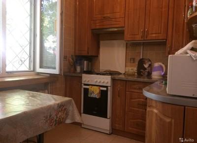 Продажа 3-комн. квартиры, 62 м², этаж 1 из 5