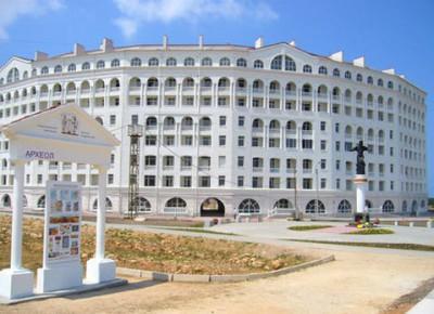 Продается 2-ух комнатная 2-ух уровневая квартира, 120,8 кв.м., этаж 8/8 в г.Севастополь, Пр. Античный, д.4, в 150 метрах от бухты «Омега»