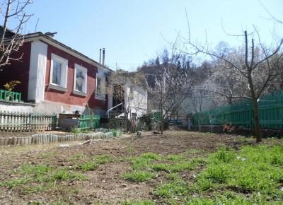 Приватизированный дом на приватизированной земле(район СКС-Арены).