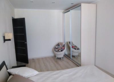 Продажа 2-комн. квартиры, 65 м², этаж 8 из 10