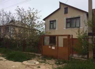 Продажа дачи 100 м² на участке 4.5 сотки